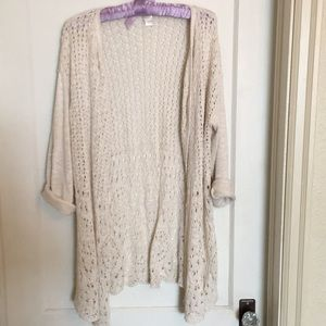 Long cream crochet sweater light weight Large C&B